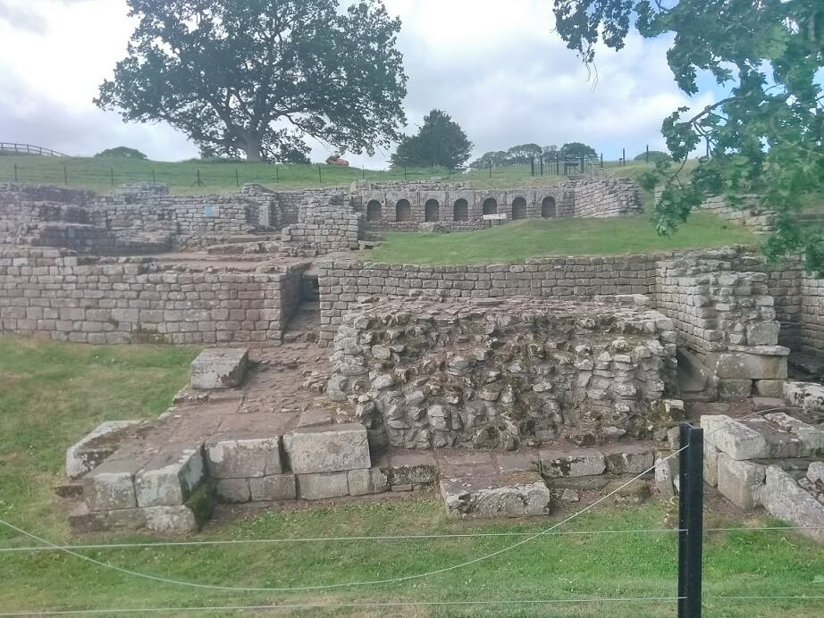 Hadrians wall bathhouse ruins