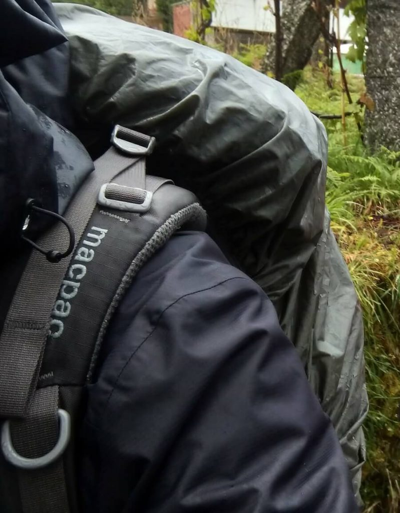 raincover-backpack-macpac